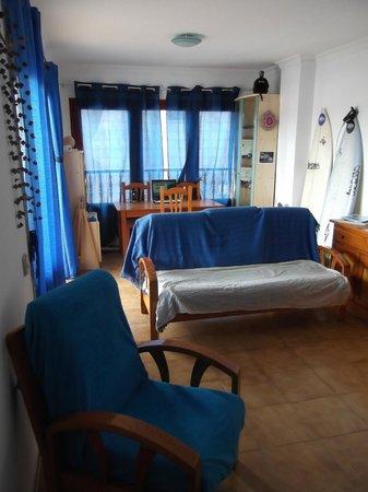 Krocus Surfhouse: Living Room