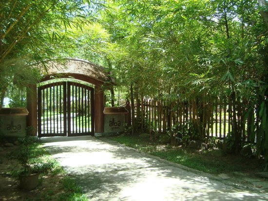 Alba Hot Springs Resort: Gate