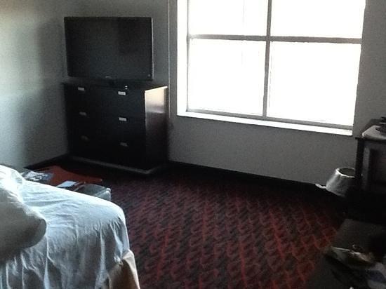 Hampton Inn Portland Downtown - Waterfront: Large Room