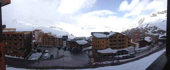 Hotel Le Sherpa - Val Thorens : Panoramic view from the balcony of 302