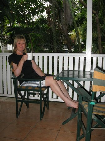 Palm Villas Port Douglas: Relaxing on the balcony