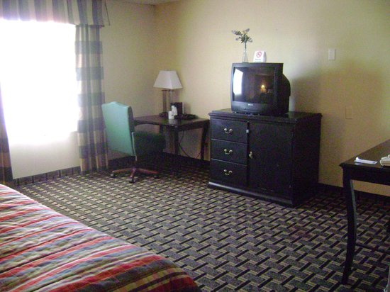Travelodge by Wyndham South Burlington: 2