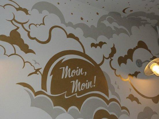 Pyjama Park Hotel und Hostel: wall art