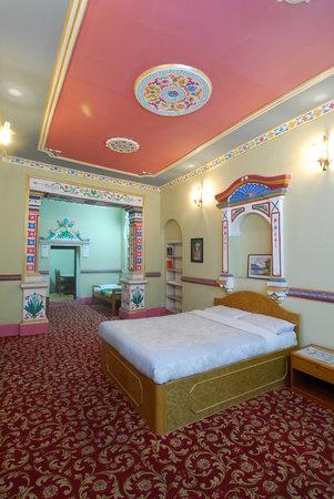Hotel Himalaya Yoga: Apartment Vertical View