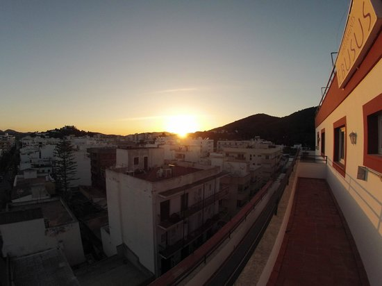 Ebusus Apartments : 1st Day Sunset
