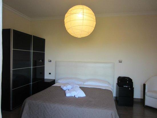 Zaccardi: Room