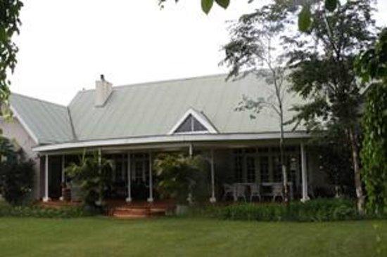 umdoni cottages' main house