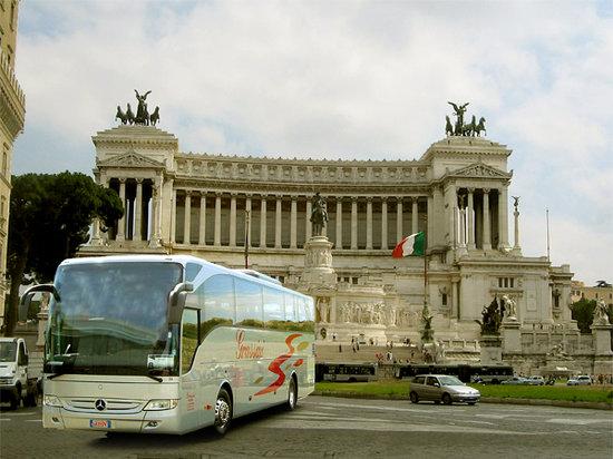 Grassini Bus