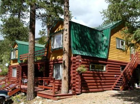 OutWest Lodge Photo