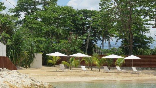 The Trident Hotel : Trident beach