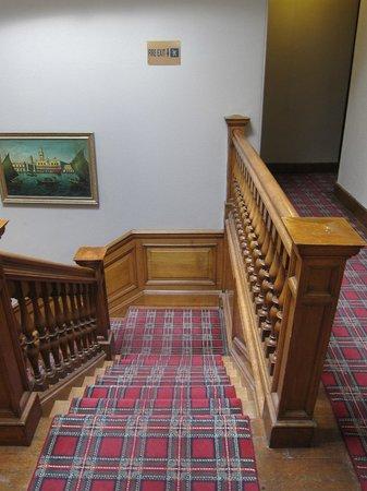 The Thrums Edinburgh: Лестница на второй этаж