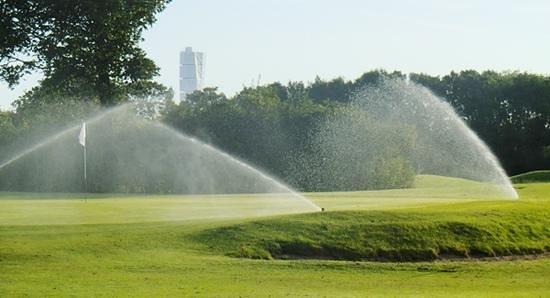 Hylliekrokens Golfcenter: golf för alla!