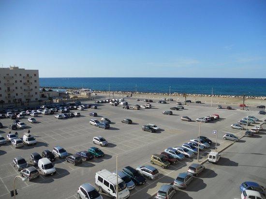 Hotel Vittoria : vista del parcheggio calla camera