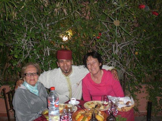 """Riad Les Nuits de Marrakech: Icham, notre """"maître d'hôtel"""""""