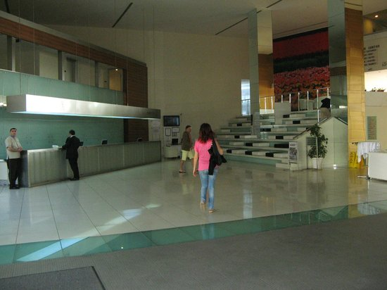 Kervansaray Kundu Hotel: De lobby met reception