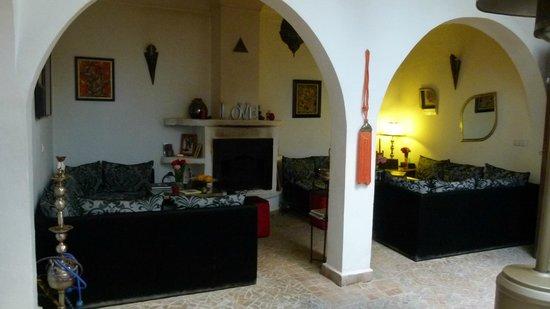 Riad Dar Khmissa Marrakech: L'espace détente