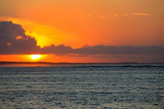 Ports of Call Resort: Sunset