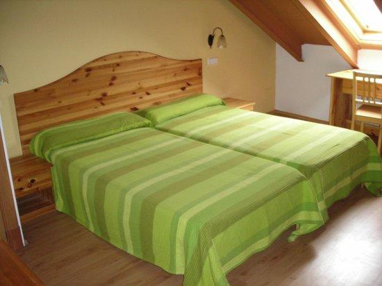 Hotel Rural La Gavilla: habitacion  buhardilla