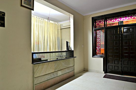 Hotel Ramsingh Palace: front office