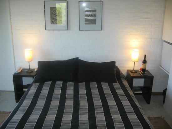 Posada Arenas de Jose Ignacio: Simple, airy room