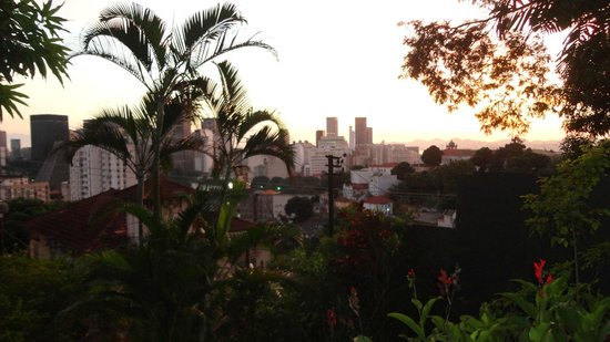 Bossa in Rio Hostel: Vista da entrada