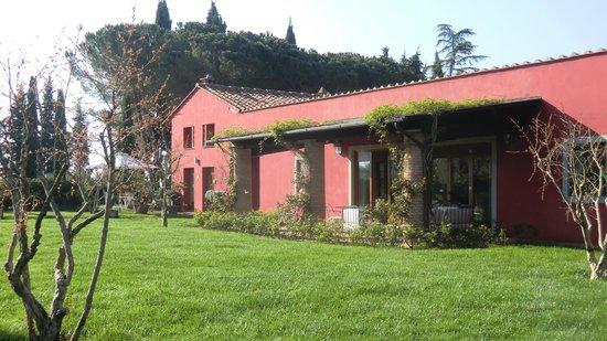 Al Gelso Bianco Farm-Holiday Resort: Aussicht auf den Speisesall