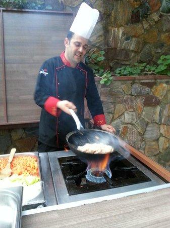 Karat Hotel: The cook
