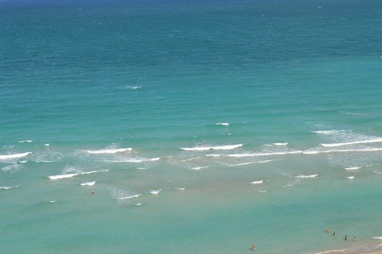 Doubletree Resort & Spa by Hilton Ocean Point - North Miami Beach: beautiful beach