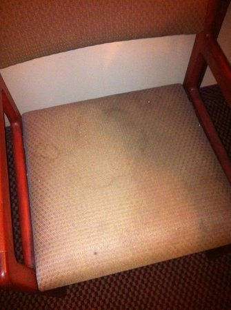 AmericInn Lodge & Suites Boiling Springs - Gardner Webb University: Chair filthy