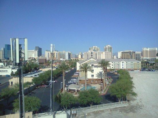 Four Points by Sheraton Las Vegas East Flamingo: View