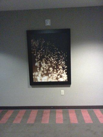 Four Points by Sheraton Las Vegas East Flamingo: Good art