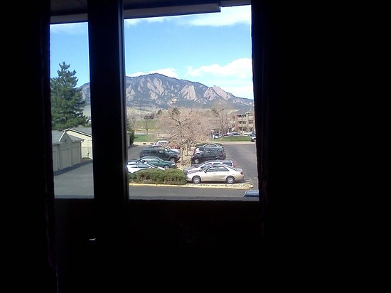 Days Hotel Boulder: Great view!