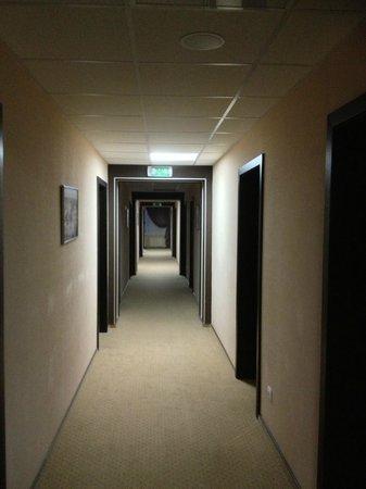 Bratislava Hotel: le couloir à mon étage