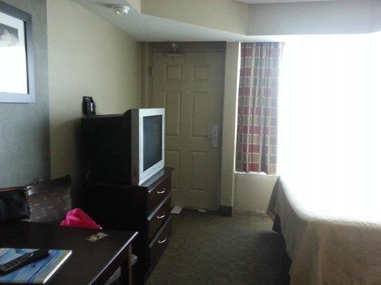 Boardwalk Inn and Suites: room entrance