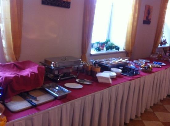 Hotel Senimo : Breakfast