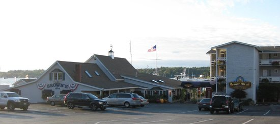 Brown's Wharf Restaurant: Brown's Wharf Inn & Restaurant, Boothbay Harbor, ME