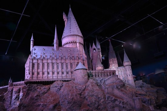 Warner Bros. Studio Tour London - The Making of Harry Potter : Hogwart's