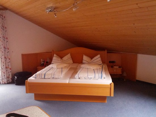 Kurhotel am Wiesenhang: double beds
