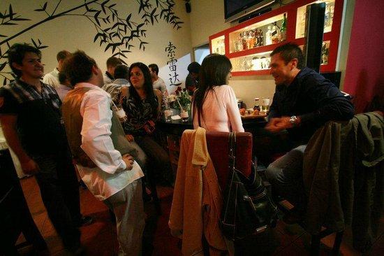 Akai Sushi & Oriental: El Bar