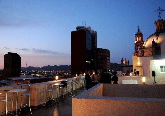 Hotel Plaza Chihuahua: Terraza del hotel plaza chihuhua