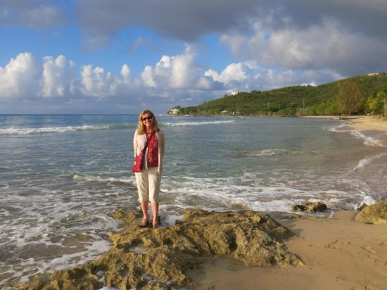 The Palms at Pelican Cove: Walk on the beach to dinner