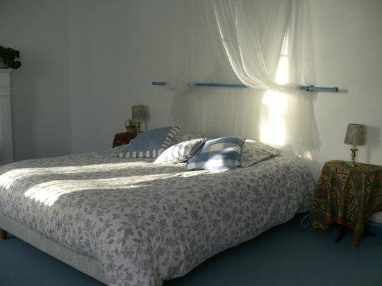Saint-Georges-du-Bois, France : La chambre Ugo