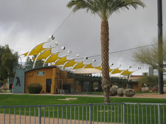 CrackerJax Family Fun & Sports Park: Proshop for adult golf