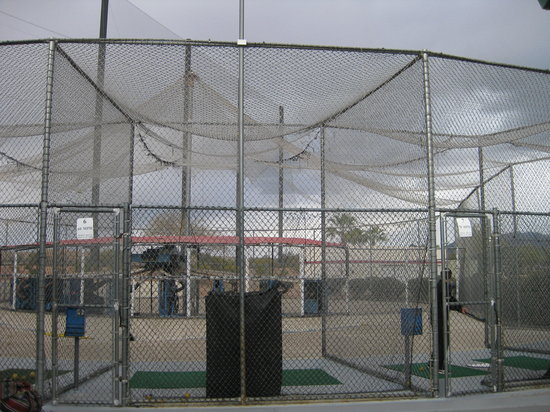 CrackerJax Family Fun & Sports Park: Batting cages