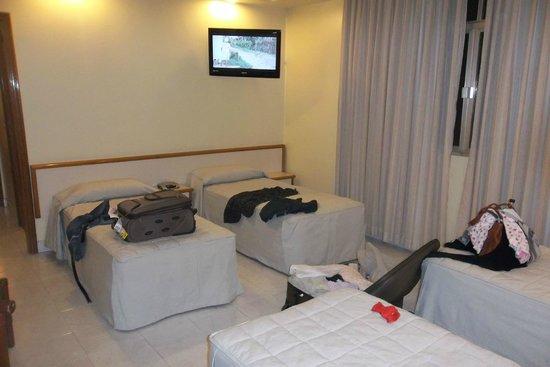 Imperial Hotel: HABITACION 1