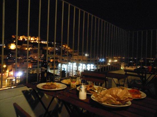 Lisbon Rooftops Guest House: Terrace