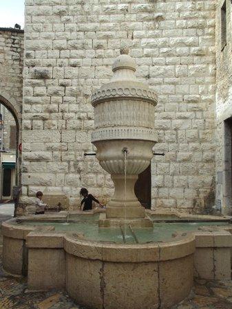 Ville medieval : La Peyra Gate or la Porte et la Fontaine du Peyra...meaning place of stone