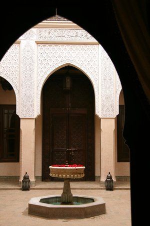Riad Kniza: View from a side room