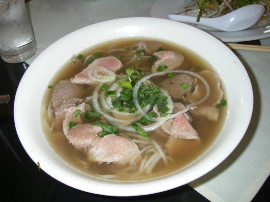 """Saigon: Delicious """"PHO"""""""