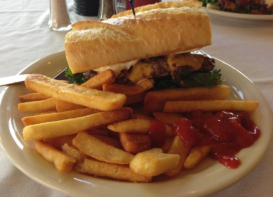 Arkansas Al's Steakhouse and Saloon: Scrumptious burger -- this thing was amazing!!